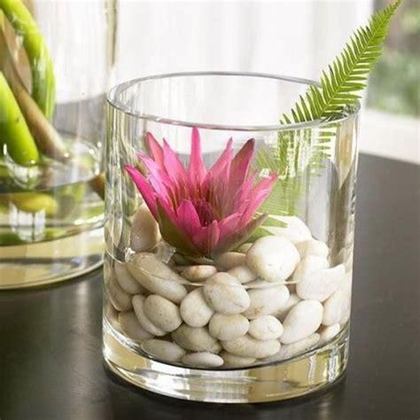 blumen dekorieren im glas die besten 17 ideen zu glasvasen dekorieren auf