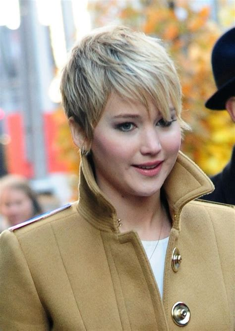 instructions for jennifer lawrece short haircut jennifer lawrence short hair hairstyles pinterest