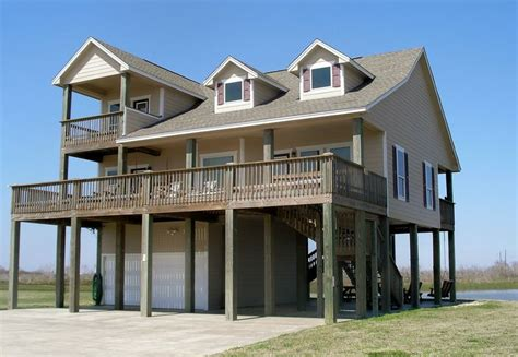 6 bedroom holiday house for rent 17 best images about vacation rentals in crystal beach