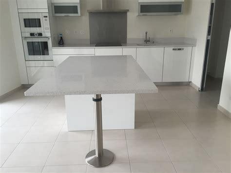 pied de cuisine pieds de table en granit ou quartz en gironde bordeaux
