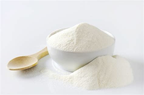 skim milk powder vs whey protein powder livestrong