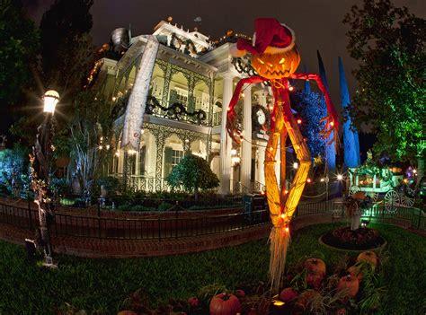 halloween time at disneyland 2016 mickey s halloween