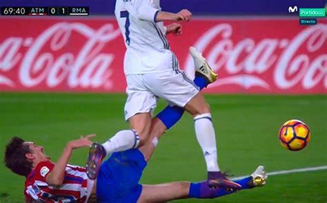 cristiano ronaldo dive cristiano ronaldo s dive against atletico madrid which won