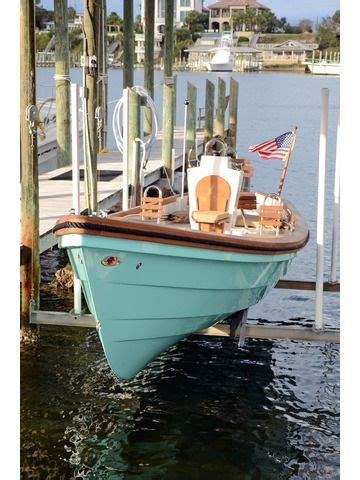images  flats  bay boats  pinterest center console fishing boats fishing