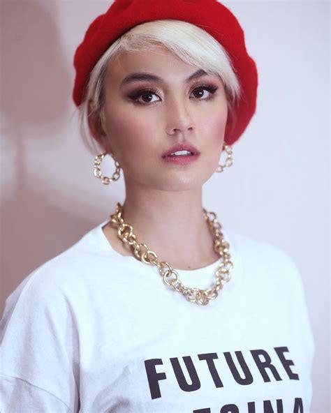 Make Up Pengantin Petty Kaligis 9 make up artist favorit para seleb bikin cantik luar biasa