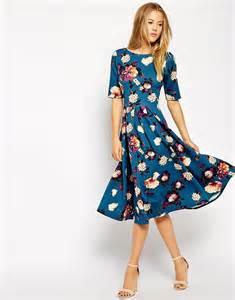 closet closet scuba midi dress in floral print at
