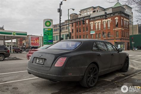 matte black bentley flying spur this matte black bentley mulsanne needs to be washed