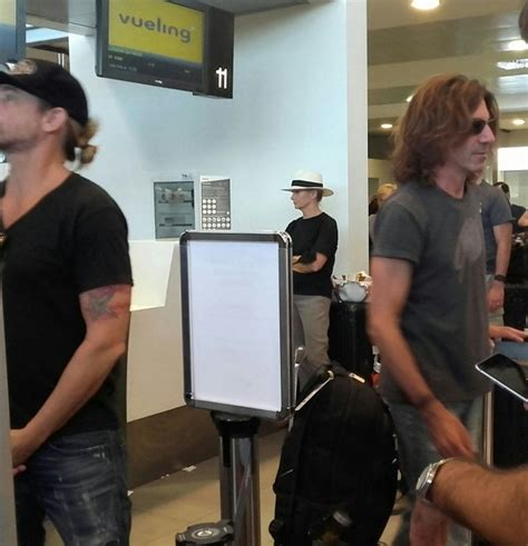 band di vasco firenze anche la band di vasco in coda all aeroporto 1