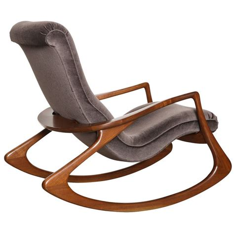 modern outdoor rocking chair best 25 rocking chairs ideas on modern