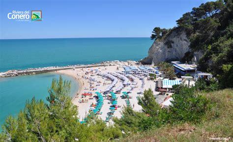 vacanze sirolo sirolo a seaside town in the conero riviera riviera