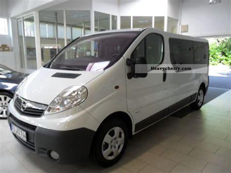 opel 9 seater combi vivaro l2 2 0d 2011 other vans trucks