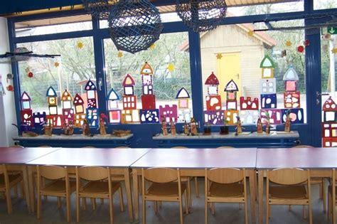 Herbstdeko Fenster Kindergarten by Fensterbilder Basteln 64 Diy Ideen F 252 R Stimmungsvolle