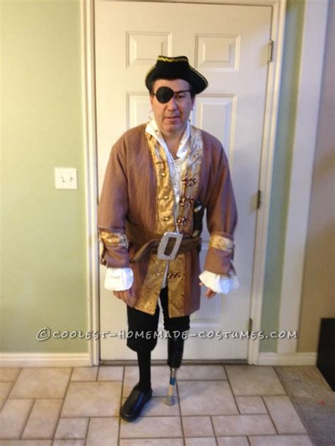 pattern for pirates peg leg pirate costume with a peg leg costumes halloween