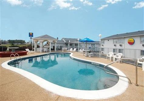 Comfort Inn Lake Of The Ozarks by Comfort Inn Lake Of The Ozarks In Osage Mo