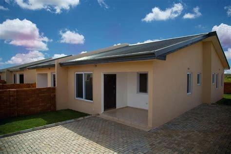 semi detached house semidetached houses suburb semi