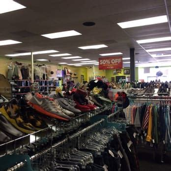 Platos Closet Colorado by Plato S Closet 13 Photos 20 Reviews Vintage Second Clothing 925 N Academy Blvd