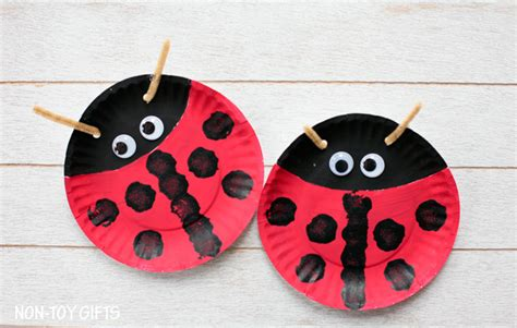 Paper Plate Ladybug Craft - paper plate ladybug craft for non gifts