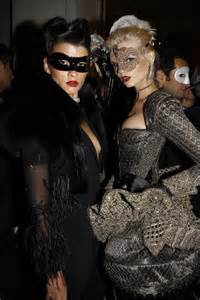 what to wear for halloween with a masquerade mask masquerade ball party masquerade pinterest