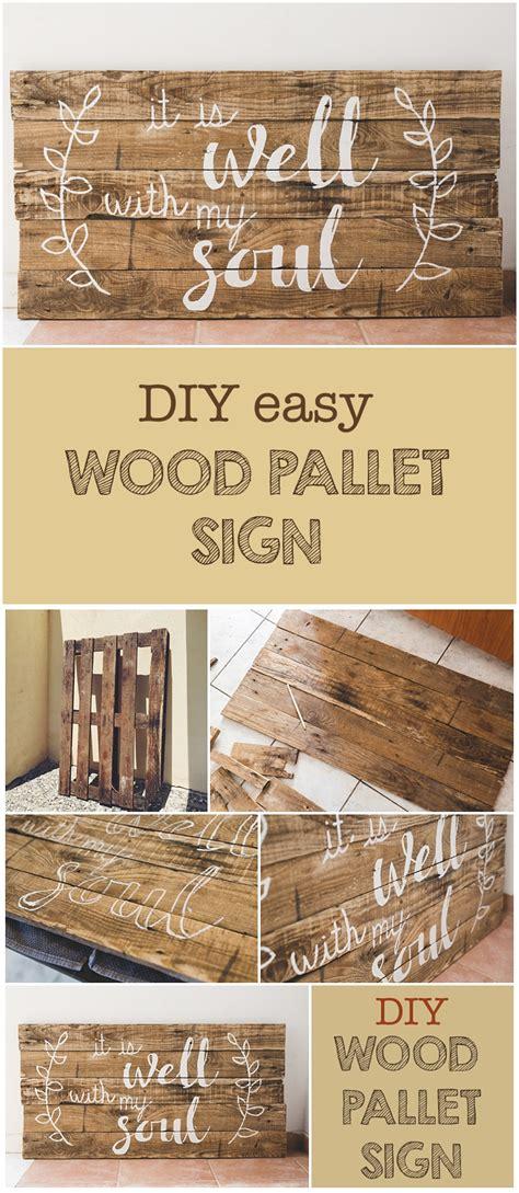 diy wood pallet sign   printable  clever sisters