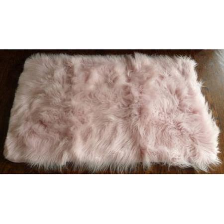 Bedroom Fur Rug 25 Best Ideas About Fur Rug On