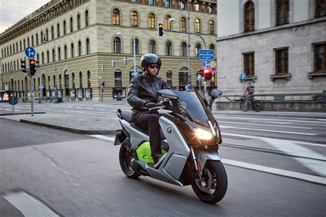 Bmw Motorrad X2city Video by Bmw Motorrad X2city Mobility With A Kick
