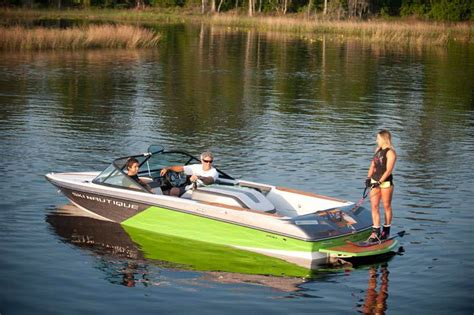 wakeboard boats with head 25 best ideas about ski boats on pinterest wakeboard