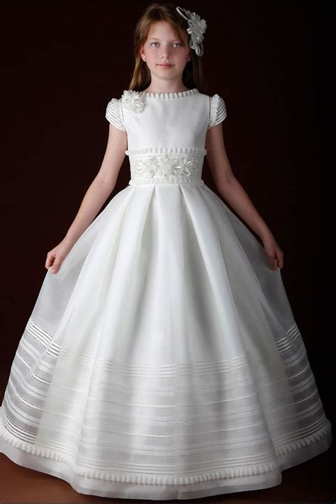 First Comunion On Pinterest Baptisms Vestidos And First Communion | 249 best images about vestidos de primeira comunh 195 o on