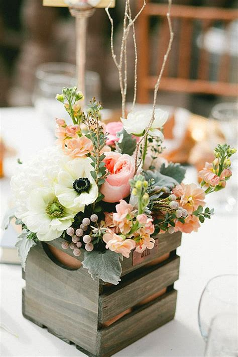 wedding flowers centerpiece ideas best 25 wedding flowers ideas on