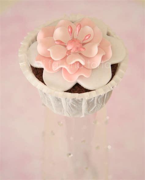 fiore in pasta di zucchero pi 249 di 25 fantastiche idee su pasta di zucchero fiori su