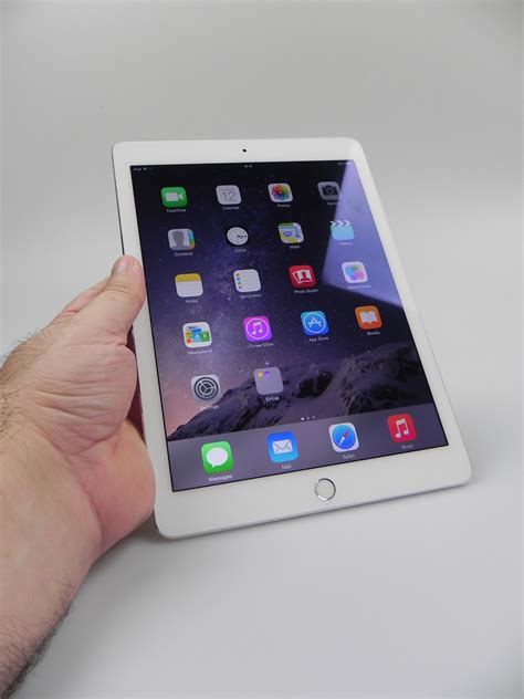 Tablet Apple 14 Inch air 2 review still the 10 inch tablet with some small quirks tablet news