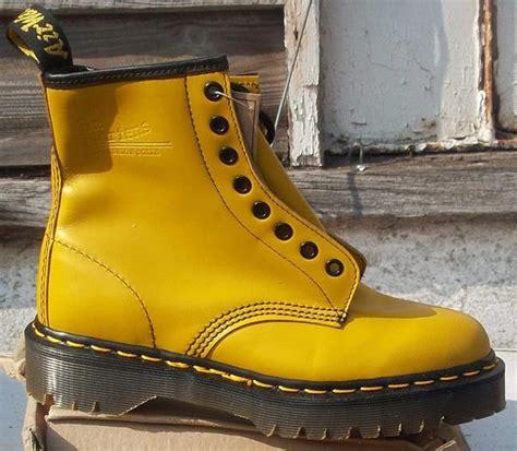 Sepatu Dr Martens Original Jual Sepatu Dr Martens 100 Original Made In Baru Sepatu Sneakers Pria Berkualitas