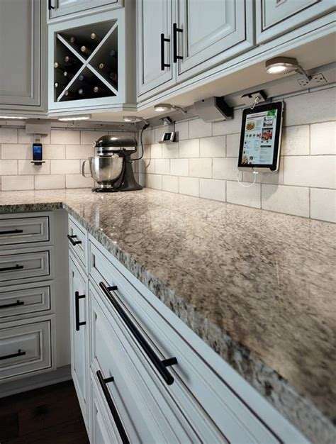 Menards Cabinet Lighting by 25 Best Ideas About Menards Kitchen Cabinets On