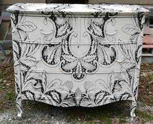 Distressed White Sideboard Dishfunctional Designs Upcycled Dressers Painted