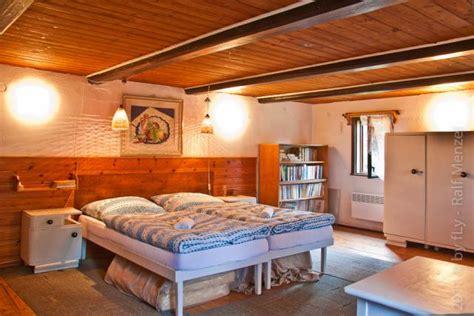 böhmisches schlafzimmer ferienhaus in ostrov u tise b 246 hmische schweiz