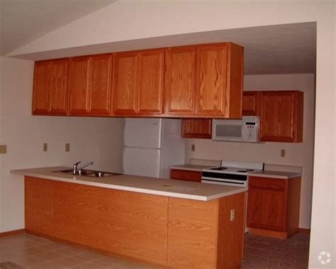 one bedroom apartments in rockford il wilshire commons apartments rentals rockford il