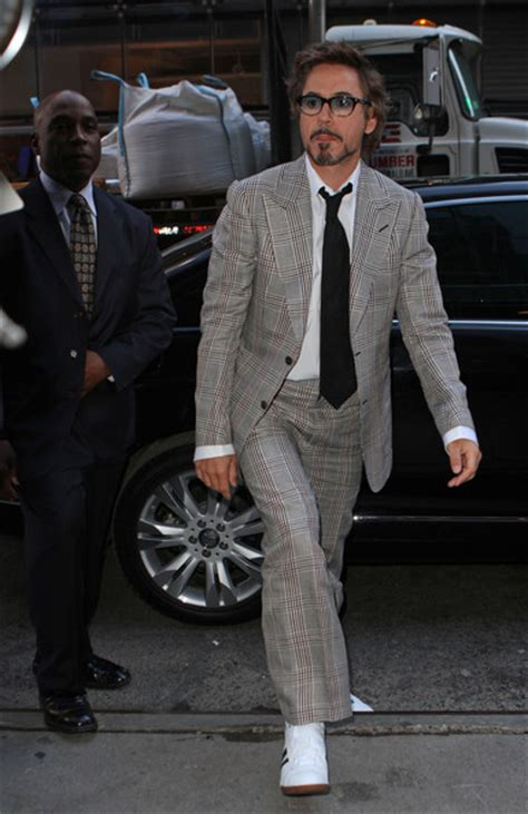 Robert Downey Jr Wardrobe by More Pics Of Robert Downey Jr S Suit 3 Of 5