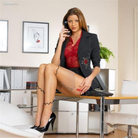 imagenes hot secretarias simplemente caliente cualquier cosa rojo en una mujer