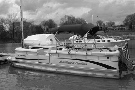 pontoon boat owners forum how many of us are pontoon boat owners the hull truth