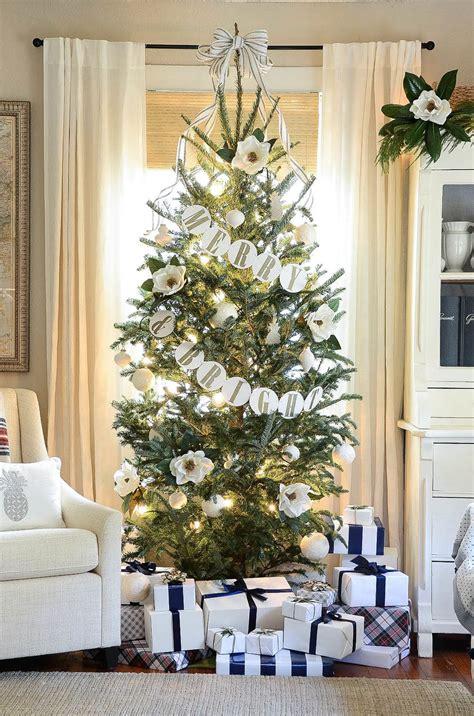 magnolia christmas tree iron twine