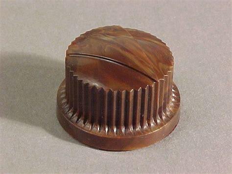 antique radio knobs