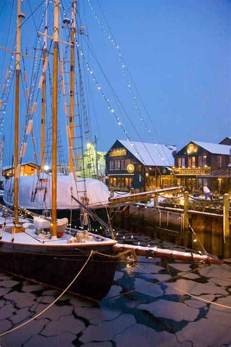 boat house newport ri christmas boat in newport ri via dealspvd newport