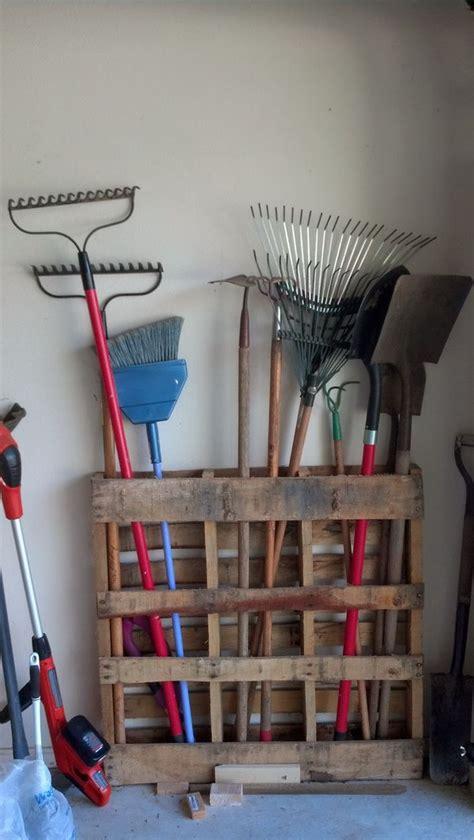 creative diy pallet furniture project ideas