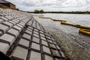 boat launch mats site armoring scorpion containment solutions
