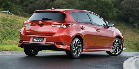 toyota car price 2015 toyota corolla hatch pricing and specifications