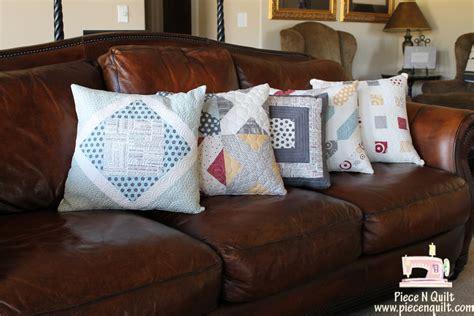 quilting pillow tutorial piece n quilt pillows gone wild a free tutorial
