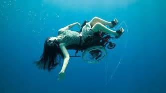 sea diving in a wheelchair sue