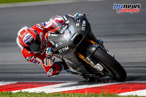 moto gp test casey stoner on sepang motogp test day one