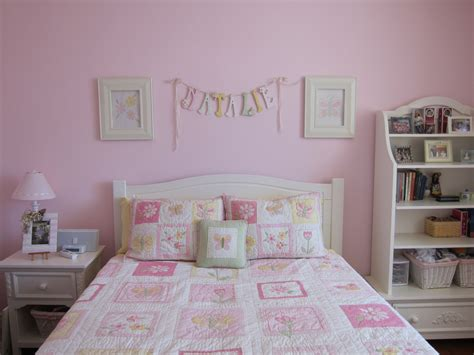 Light Pink Bedroom All Pink Colors Adorable Light Pink Bedroom Design Ideas Using Lovely Bookshelf And Vintage