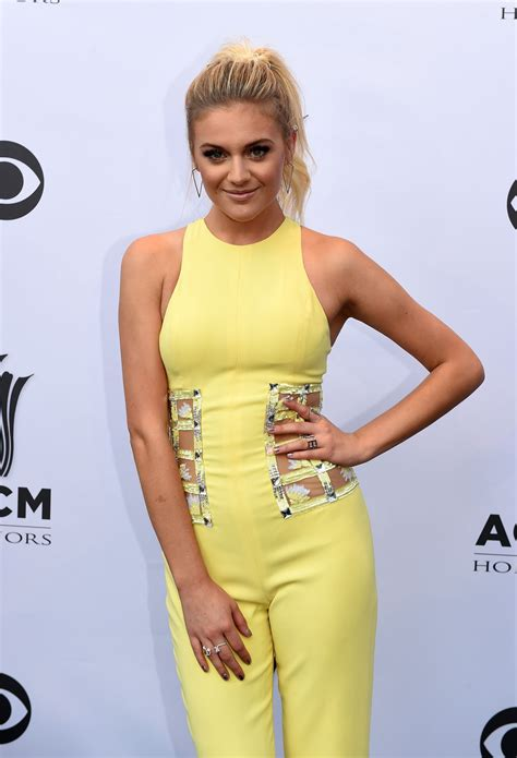 kelsea ballerini kelsea ballerini acm honors at the ryman auditorium