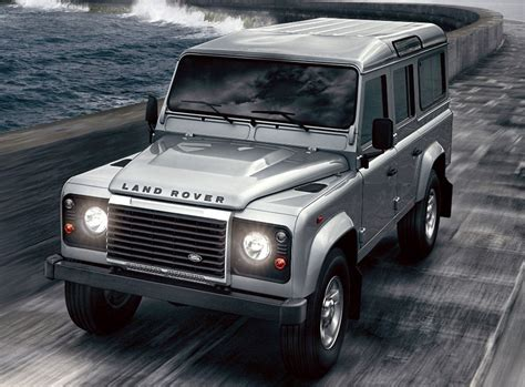 2012 land rover defender photo 2 11435